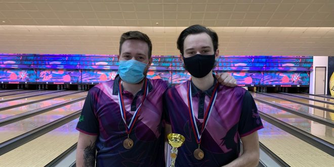 Feniks na državnem prvenstvu v dvojicah osvojil 3 medalje